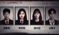 """""""Extracurricular"""": Cảnh báo vấn nạn học đường mới đến từ """"app công nghệ"""" tại Hàn Quốc"""