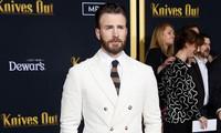"""Netizen kêu gọi tôn trọng quyền riêng tư sau sự cố ảnh nhạy cảm của """"Captain"""" Chris Evans"""