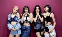 Netizen Hàn sửng sốt với màn cắt tan nát chiếc áo Dior 58 triệu của stylist cho Jisoo