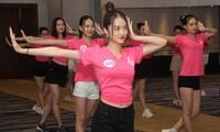 Top 35 Hoa Hậu Việt Nam 2020 đầy năng lượng, khoe body chuẩn trong buổi tập vũ đạo