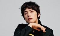 """Tạp chí GQ """"nhá hàng"""" ảnh của Cha Eun Woo, netizen Việt bảo """"trông giống Hồ Quang Hiếu"""""""