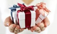 """Những món quà giúp bạn """"lấy lòng"""" 12 cung Hoàng đạo nhanh nhất"""