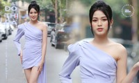 """Hình ảnh mới nhất của Hoa hậu Đỗ Thị Hà: Kiểu váy tinh tế khoe trọn đôi chân """"thương hiệu"""" 1m11"""
