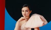 """""""Revelacíon"""" - bữa tiệc chia tay những tổn thương trong tình yêu của Selena Gomez"""