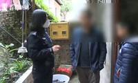 Cậu bé đến đồn cảnh sát báo án sau buổi học online, khi biết lý do cảnh sát cũng chịu thua