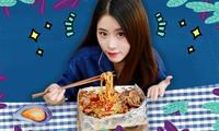 Không phải Lý Tử Thất, đây mới là vlogger nữ Trung Quốc có thu nhập cao nhất YouTube