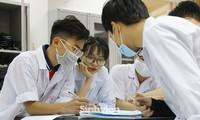 Điểm chuẩn dự kiến năm 2020 của Đại học Y Hà Nội: 28 điểm/ 3 môn vẫn có thể trượt!