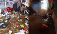 Xót xa với hình ảnh nhà cửa tan hoang, đồ đạc bám bùn ở Quảng Bình sau khi nước lũ rút