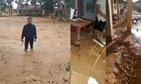 Trường học ở Quảng Trị ngập trong bùn đất dày 1m, học sinh không thể đến trường gần 3 tuần