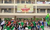 """Thầy trò trường THPT Chuyên Sư Phạm """"cháy"""" hết mình trong sự kiện Flashmob Day"""