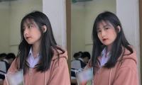 """Chụp ảnh """"sương sương"""" đứng trước cửa lớp, nữ sinh Hà Tĩnh được dân mạng """"rần rần"""" thả tim"""