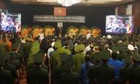 Người dân TPHCM xúc động tiễn biệt Chủ tịch nước Trần Đại Quang
