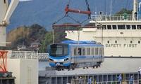 Đoàn tàu Metro đầu tiên được chở về tới TPHCM.