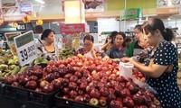 Táo Mỹ về Việt Nam bán tại siêu thị giá rẻ hơn nhiều loại trái cây Việt