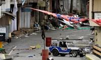 Một khu nhà bị nhóm khủng bố Maute chiếm đóng tại Marawi. Ảnh: Reuters