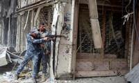 Binh sĩ Iraq tìm diệt chiến binh IS tai Mosul hôm 7/7. Ảnh: Reuters