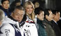 Bế mạc Olympic PyeongChan,Ivanka Trump tươi cười vẫy chào VĐV liên Triều