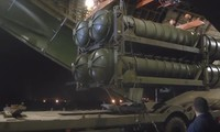 Nga chuyển giao S-300 cho Syria hồi đầu tháng 10. Ảnh cắt từ video