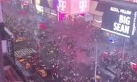 Quảng trường Thời đại hỗn loạn, dân Mỹ chạy trối chết vì nghi xả súng