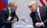 Tổng thống Mỹ Donald Trump và Tổng thống Nga Vladimir Putin. Ảnh: AP
