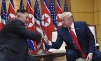 Chủ tịch Triều Tiên Kim Jong-un và Tổng thống Mỹ Donald Trump. Ảnh: AP