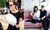 Nữ thủ tướng trẻ nhất thế giới ăn kẹo bông, cho con bú