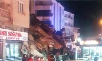 Thổ Nhĩ Kỳ rung chuyển vì động đất, hơn 560 người thương vong