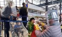 Người Trung Quốc đội chai nhựa, bọc túi nilon để tránh lây virus corona