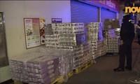 50 bịch giấy vệ sinh bị đánh cắp. Ảnh: Now TV