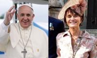 Giáo hoàng Francis (trái), Công chúa Maria Teresa (phải).