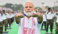 Thủ tướng Ấn Độ Narendra Modi vốn nổi tiếng yêu thích bộ môn Yoga. Ảnh: PIB