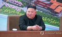Chủ tịch Triều Tiên Kim Jong-un xuất hiện hôm 1/5. Ảnh: Yonhap