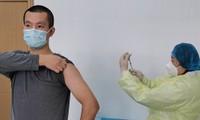Thử nghiệm vaccine COVID-19 ở Trung Quốc. Ảnh: Global Times
