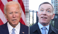 Ông Joe Biden (trái) và nghị sĩ Anh Chris Bryant (phải).