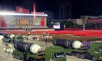 Triều Tiên duyệt binh hoành tráng, Mỹ nói 'đáng thất vọng'