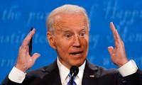 Ông Joe Biden phát biểu trong cuộc tranh luận tối 22/10 (giờ Mỹ). Ảnh: AP