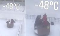 Sống ở nơi lạnh nhất nhì thế giới, trẻ em vẫn tung tăng dù âm 48 độ C