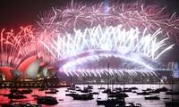 Đón năm mới 2021: Úc chỉ bắn pháo hoa 7 phút, Mỹ đếm ngược trên truyền hình