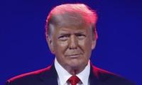 Ông Trump xuất hiện công khai hôm 28/2. Ảnh: Reuters
