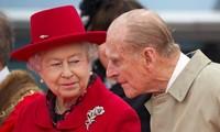 Hoàng tế Philip và Nữ hoàng Anh Elizabeth. Ảnh: Reuters