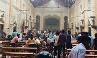 Một nhà thờ ở Colombo bị đánh bom sáng nay. Ảnh: Indianexpress.