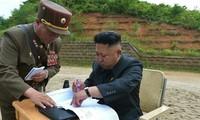 Ông Pak Jong Chon và nhà lãnh đạo Triều Tiên Kim Jong Un. Nguồn: PressTV.
