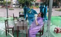 Đà Nẵng lấy 8-10 ngàn mẫu xét nghiệm COVID-19 mỗi ngày cho người dân