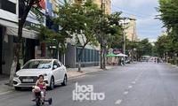 Người dân Đà Nẵng tiếp tục cách ly xã hội, phát phiếu đi chợ 3 ngày/ lần