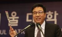 """""""Ông trùm"""" SM Lee Soo Man: """"Trong tương lai, con người sẽ có quốc tịch của 'quốc gia ảo'"""""""