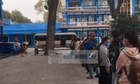 Hàng trăm sinh viên ĐH Thủ Dầu Một trở lại trường từ sáng sớm, đón Tết trong khu cách ly