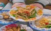 Hẹn hò Sài Gòn: Thực đơn ăn vặt chỉ từ 10K, ấm cái bụng mà giá lại mềm xèo!