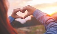 Nếu bạn còn không thấy yêu bản thân mình, thì đừng hy vọng có ai đó yêu bạn!