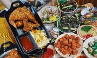 Hẹn hò Sài Gòn: Cơm gà phi lê và ốc Bắc ấm bụng trong ngày Sài Gòn mưa gió