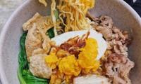 Món ngon Sài Gòn: Một cuộc hẹn thơm béo với gà nướng phô mai và bánh tráng chấm bơ